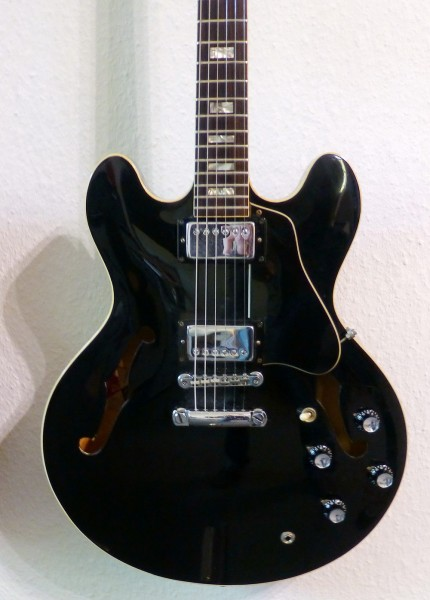Gibson ES 335 ca 1974 black