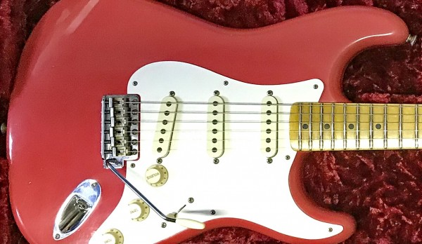 Fender Custom Shop Dealer's Select '58 Strat JRN Relic Fiesta Red