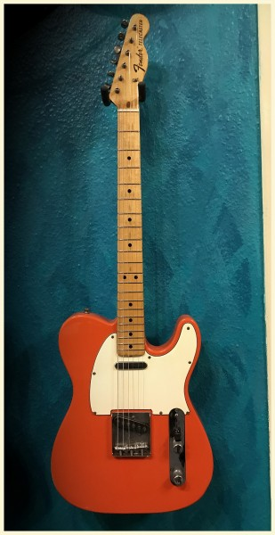 1969 Fender® Telecaster Fiesta Red, Maple, Ash-Diamond Pegs