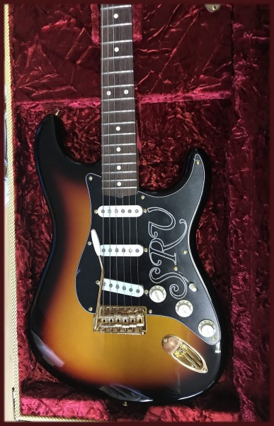 NEU! Fender® Custom Shop SRV Signature Strat NOS