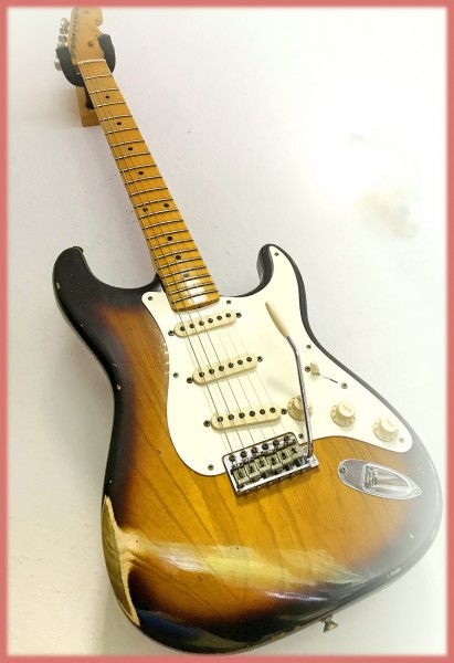 NEU! Fender Custom Shop Dealer's Select '55 Strat Relic 2-Tone Sunburst