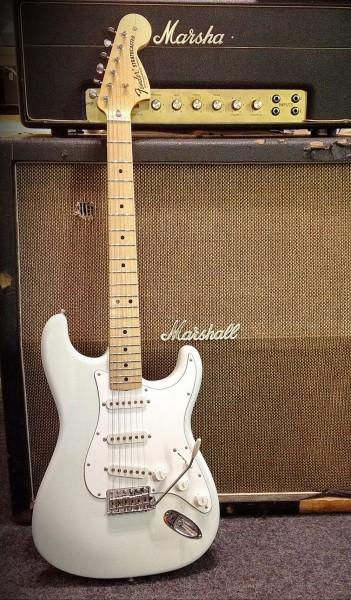 Fender® Custom Shop '69 Strat Closet Classic Olympic White