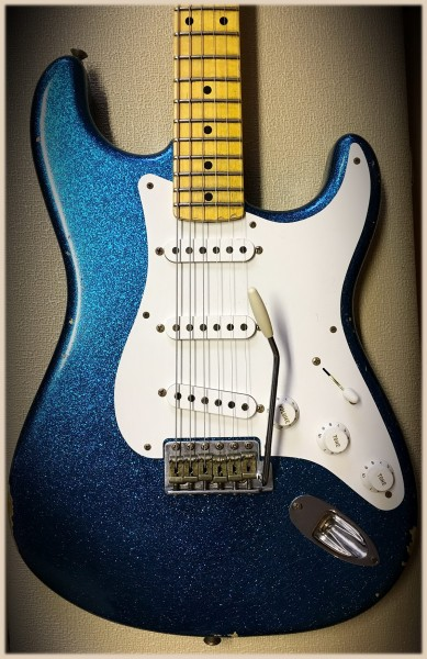 Fender® Custom Shop Limited Edition \'55 Relic Maple AG Blue Sparkle ...