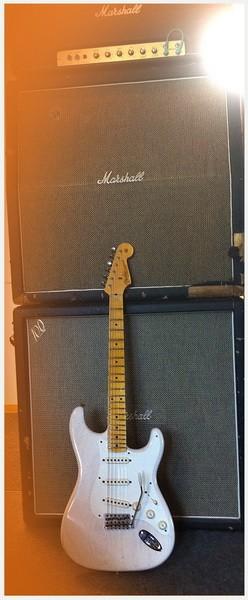 Fender® Custom Shop '56 STRAT RELIC ASH WHiTE BLOND, 3,15kg